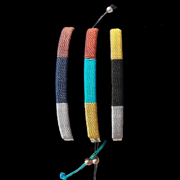 Bangle with thread
