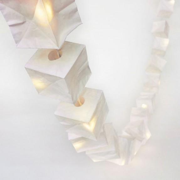 La Guirlande Lumineuse Cubiste