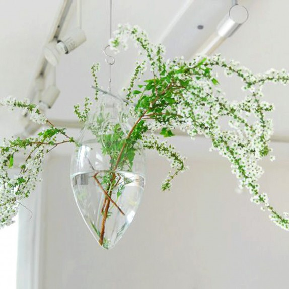 Windfall Hanging Vase